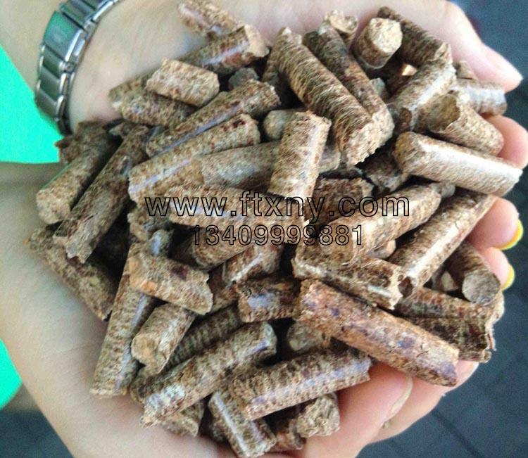 木屑颗粒机压制的杨木木屑颗粒燃料